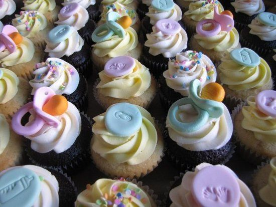 Baby Shower Cupcake Flavor Ideas : 35 best images about Baby shower on Pinterest Cupcakes ...