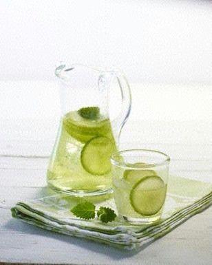 Grüner Apfel-Limetten-Drink ++