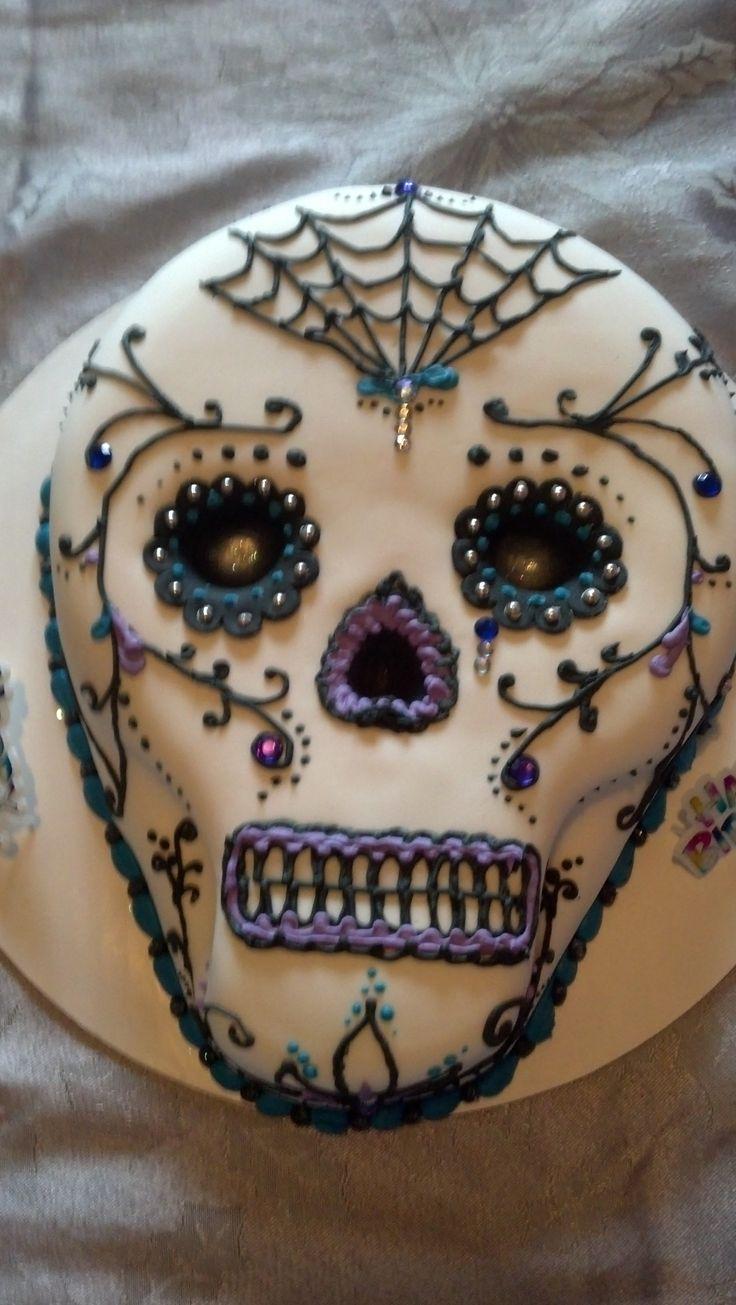 sugar skull cake