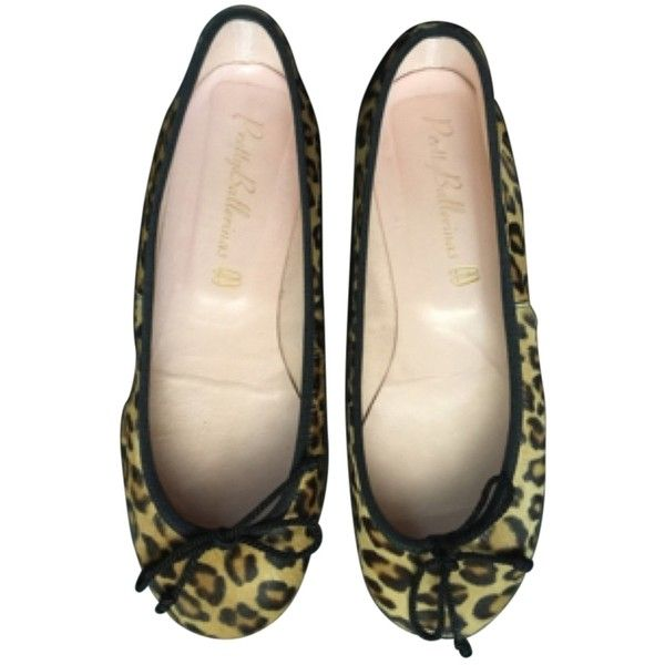 Pre-owned Black Beige Leopard Print Flats ($140) ❤ liked on Polyvore featuring shoes, flats, black beige, kohl shoes, black leopard shoes, pretty ballerina flats, flat shoes and pre owned shoes