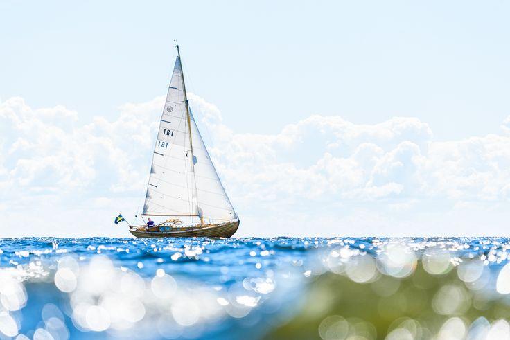 #mikaelsvenssonphotography #outdoors #iamnikonsummer #bokprojektomvänern #vänern #sailing #sailingboat#sailinginstagram #sailingsoul #sailingram #sailinglove #swedenmoments #bestofscandinavia  ##water_captures #water_shots #värmland #hammarokommun #hammarökommun #lifeisgood