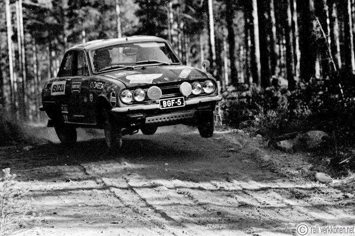 Jyväskylän Suurajot 1970 N:o 19, Pertti Kärhä - Timo Alanen, Isuzu 1600 GT