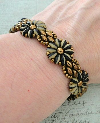 Linda's Crafty Inspirations: Daisy Chain Bracelet & SuperDuo Flower Chain Earrings