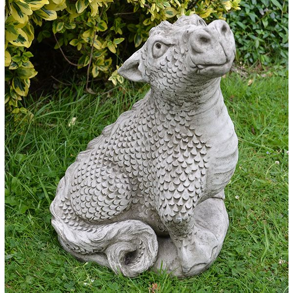 Head Up Dragon Gargoil Pinterest Gardens Garden 400 x 300