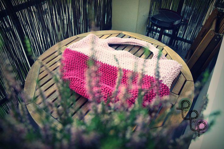 Torby i torebki robione ręcznie na szydełku z bawełnianego sznurka bądź przędzy spaghetti // Handmade crochet bags from cotton twine or yarn spaghetti. You can order it at/Można zamówić na: www.facebook.com/pif.paf.puf.gliwice