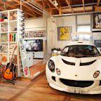 「ジェイスタイル・ガレージ」は、木造キットガレージやガレージドア、小屋のキット、薪ストーブなどを販売しています。東京・豊島区のオフィスではガレージ建築のご相談などを承っております。