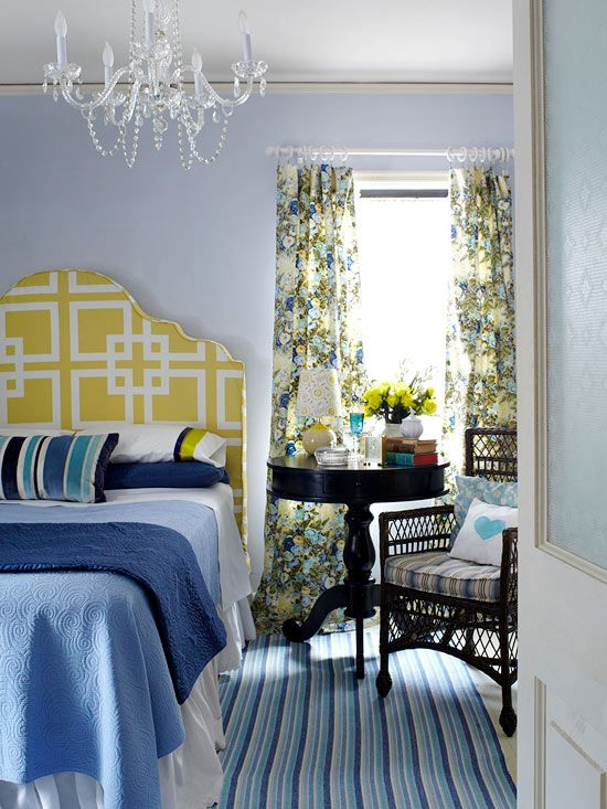 Beautiful Pops of Yellow: Blue Rooms, Wall Colors, Bedrooms Colors Schemes, Bedrooms Design, Colors Palettes, Master Bedrooms, Bedside Tables, Bedrooms Decor, Bedrooms Ideas