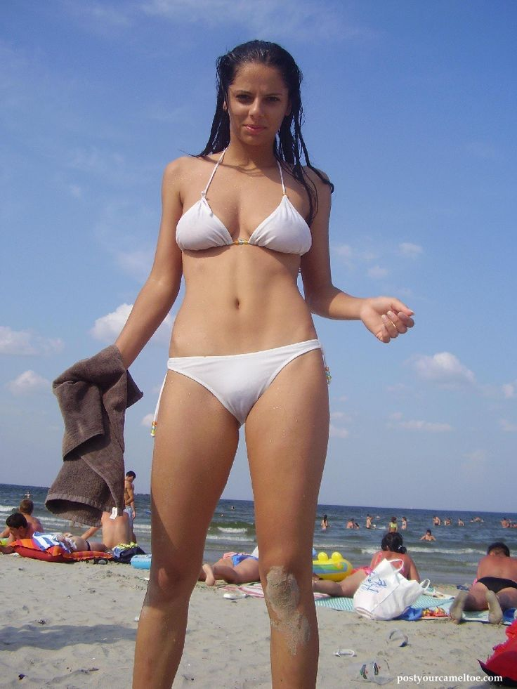 How paraphrase? girls swimsuit camel toe