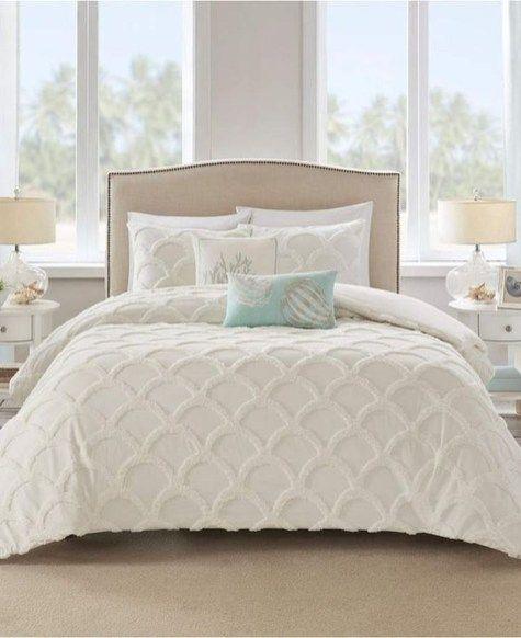lovely winter master bedroom decorations ideas best for you 08 rh pinterest com