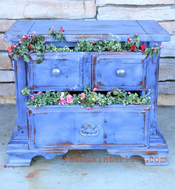 How to upcycle an old dresser or nightstand into a planter. With a few tips and CeCe Caldwell's 100% Natural Chalk + Clay Based Paints, you can create this look in short amount of time. REDOUXINTERIORS.COM FACEBOOK: REDOUX INSTAGRAM: REDOUX