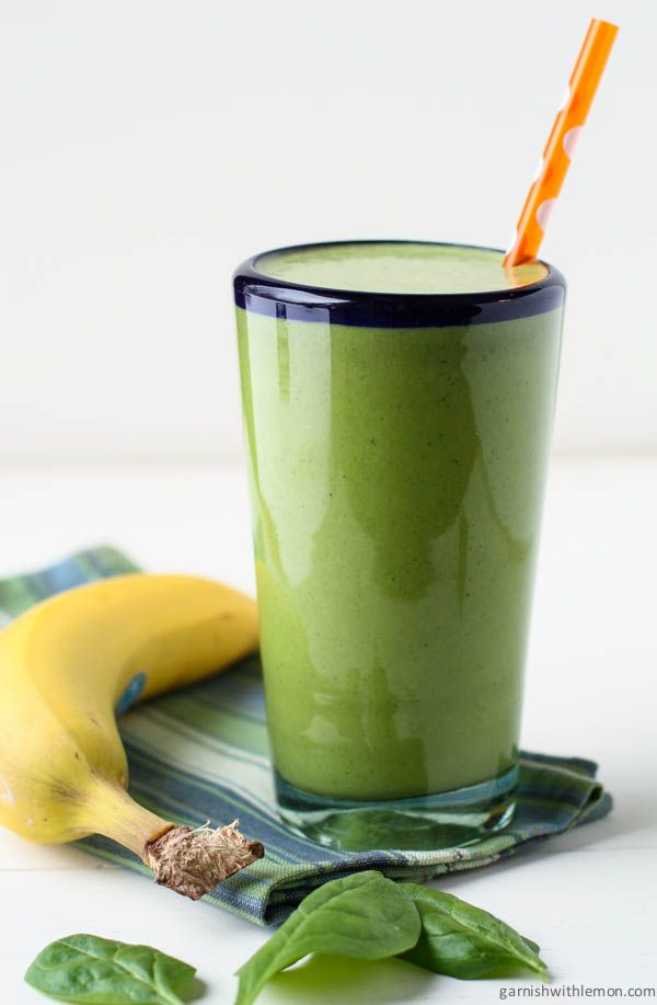 22 Easy and Healthy Fat Burning Smoothies- Spinach Banana Protein Smoothie