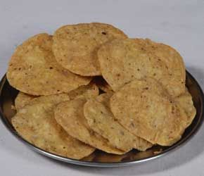 Matrilu from G. Pulla Reddy Sweets is a popular namkeen. It is very popular tea time snacks. It is also widely consumed during festivals such as Diwali, Dushera, Rakshabandhan, Holi and Ugadi, along with sweets. It is also a very popular home and office party menu. Order Matrilu online @ http://www.mithai4all.com/product/G%5E-Pulla-Reddy-Sweets,-Hyderabad/Hyderabad/Matrilu/662.aspx