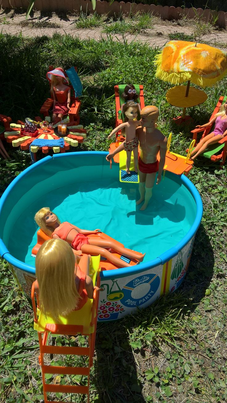 Barbie's Pool Party