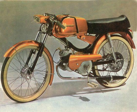 les 79 meilleures images du tableau cyclomoteur et 125 sur pinterest cyclomoteur motos et roues. Black Bedroom Furniture Sets. Home Design Ideas
