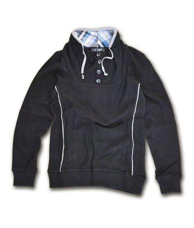 Casual πλεκτή μπλούζα 100% βαμβακερή, διαθέσιμη σε μάυρο και γκρί. Μοντέρνο σχέδιο με ιδιαίτερες λεπτομέρειες στους αγκώνες και το λαιμό. Συνδυάστε το με υφασμάτινα παντελόνια, chinos και jeans για casual look all day.