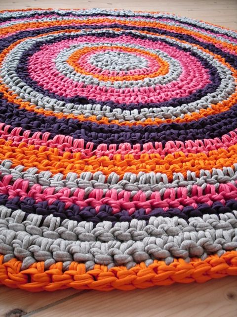 Colorful Crochet Rug | Inspiration