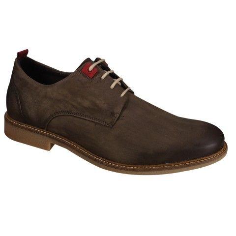 Sapato Ferracini MasculinoConfeccionado em couro natural. 'Possui cadarço para facilitar o calce. '