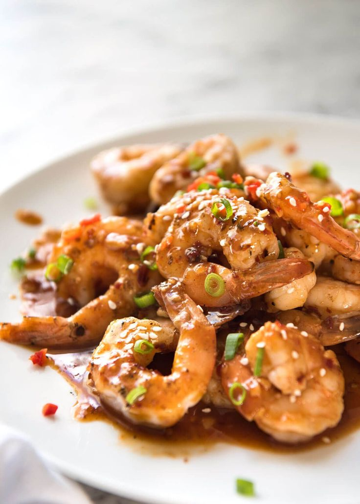 Juicy prawns in a sweet, spicy, garlicky sauce, this Chilli Garlic Prawns is super quick to make but packs a serious flavour punch!