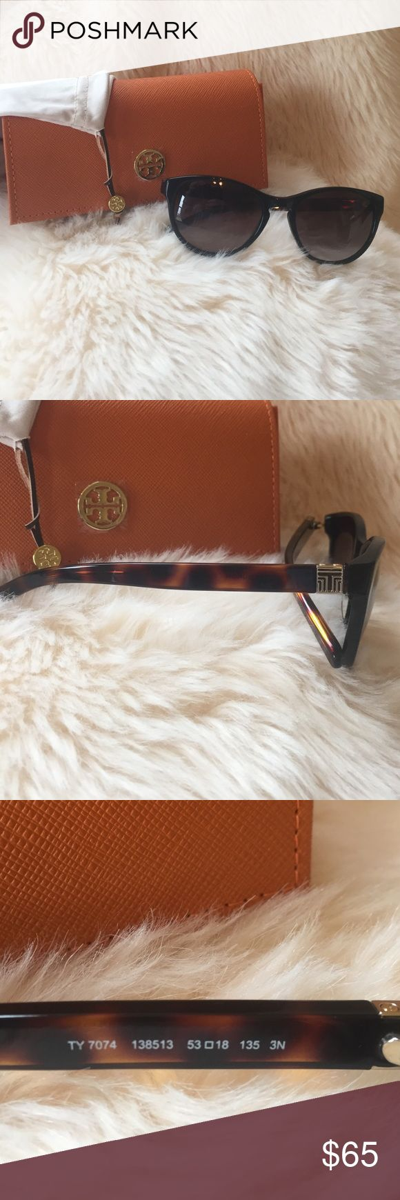 Tory Burch Sunglasses Tory Burch black and tortoise sunglasses. Like new conditions. No flaws. Comes with case and pouch. Open to offers :) Tory Burch Accessories Sunglasses