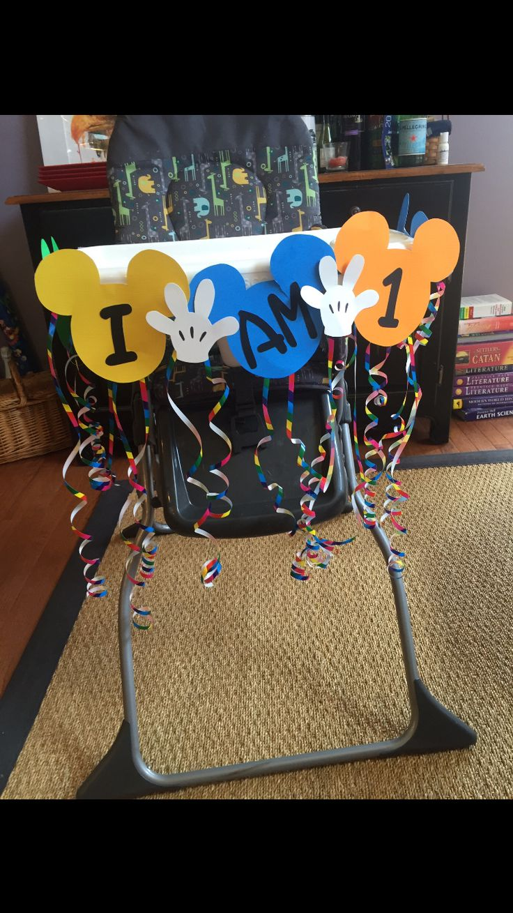 DIY Mickey Mouse birthday high chair decoration Mickey Mouse