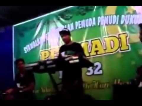 dangdut koplo terbaru   Xena Xenita    Goyang Drible Bikin Ngaceng hot b...