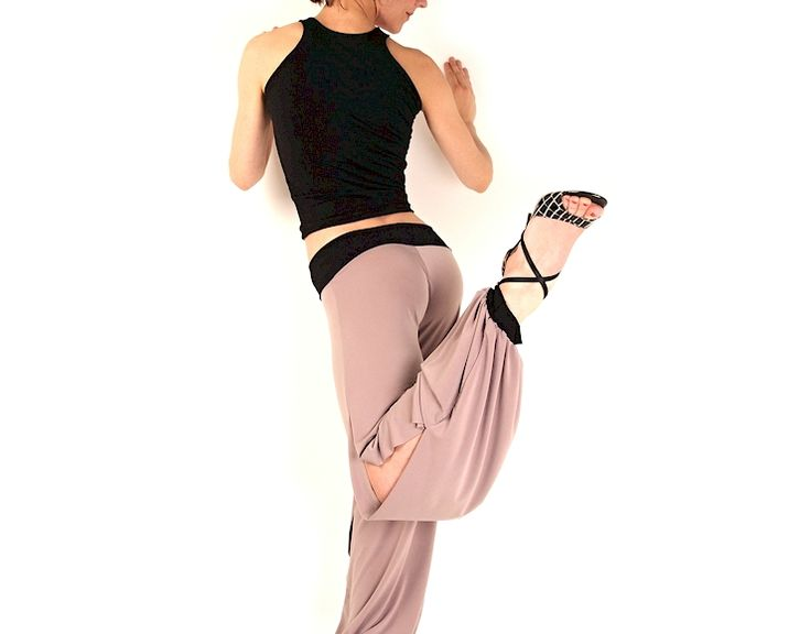 Beige y Negro - Pants - Lisadore Comfortable Dance Wear - Every Month New Models - Visit our website www.lisadore.com