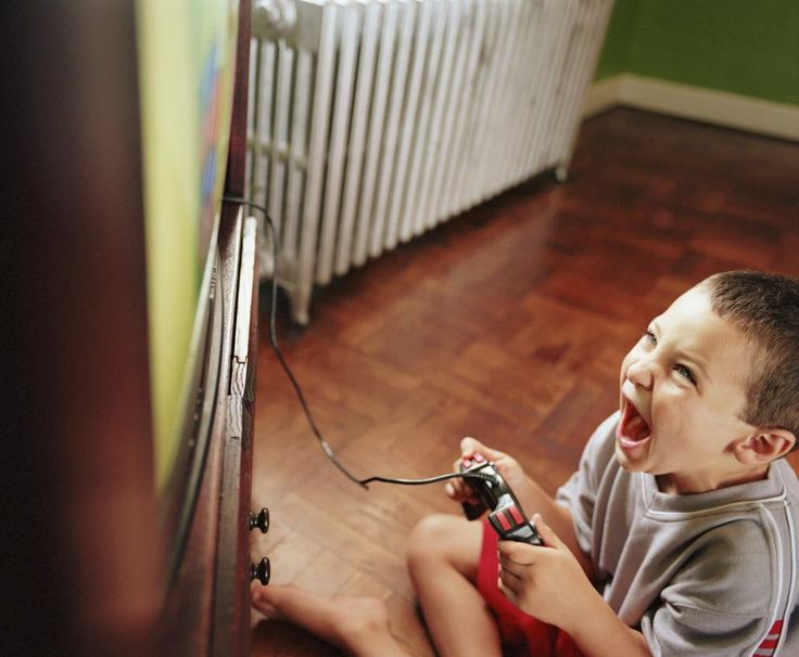 does violence in the media contribute to violent children A new task force report says children who play violent video games are more   violent video games create aggression, but do they cause kids to  video  game violence also leads to decreases in pro-social behavior,.