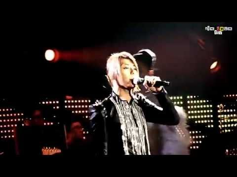 """Park Hyo Shin (박효신) rocks Maroon 5's """"This Love"""" at the Gift Live Tour in 2010"""