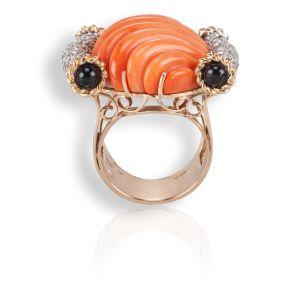 Collezione TORCHON: anello in oro rosa con corallo arancio, onice nero e diamanti.