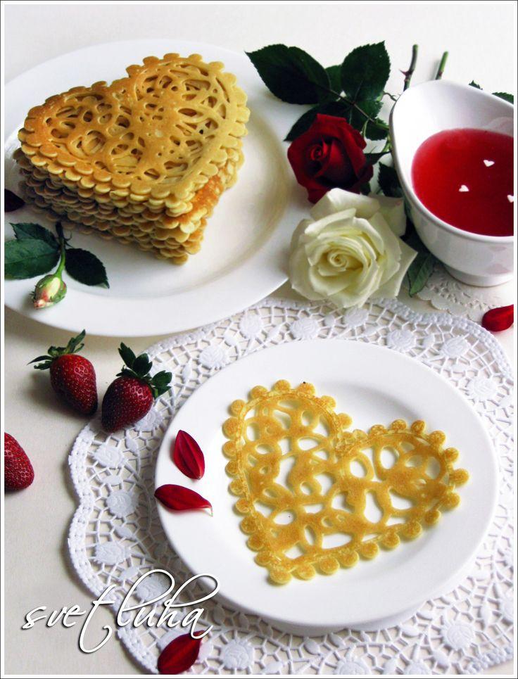 АЖУРНЫЕ БЛИНЧИКИ С НОТКАМИ КОКОСА http://www.koolinar.ru/recipe/view/119546