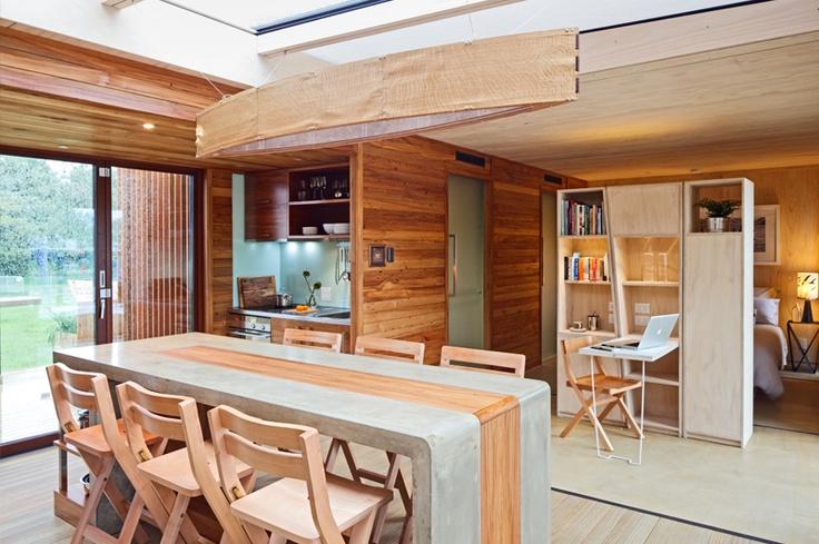 NEW ZEALAND Hawkes Bay First Light House Bach Waimarama