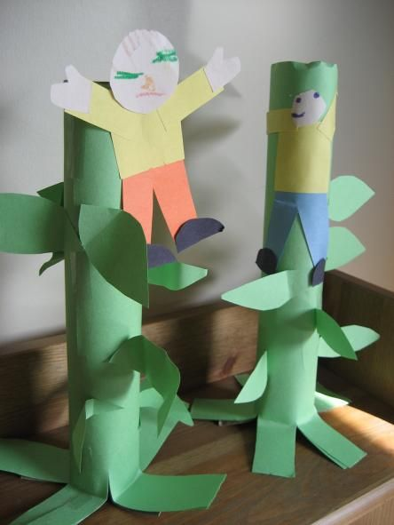 Jack and the Beanstalk craft with paper towel roll