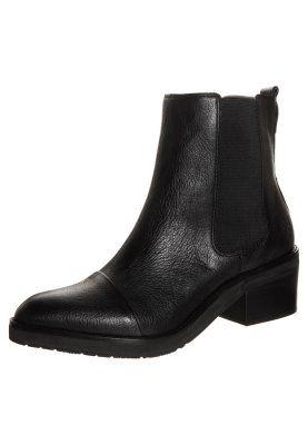 Marc O'Polo Boots - schwarz 160 фунтов