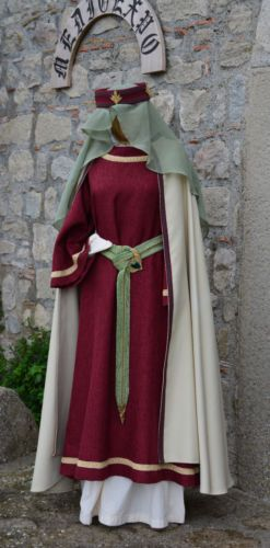 Abito-Medievale-Donna-XII-secolo-Accessori-Medieval-Dress-XII-century