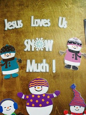 christmas decorations for classrooms | The snowmen are all cut using the Snowfriends cartridge at 7 inches. I ...