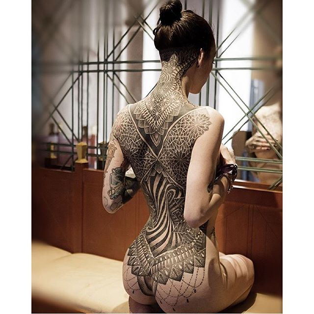Spotlight: The Rising Talent Glenn Cuzen   Tattoos, Geometry tattoo, Body tattoos