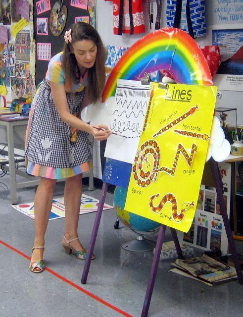 http://cassiestephens.blogspot.com/2013/10/in-art-room-unit-on-line-for.html