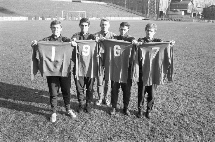 Jean Snella présente l'équipe de 1967 : P. Bernard, B. Bosquier, H. Revelli et R. Herbin