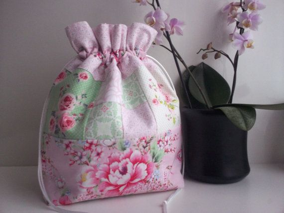 drawstring bag,patchwork drawstring bag,floral drawstring bag,makeup bag,drawstring bags,patchwork,patchwork drawstring pouch,floral bag,uk