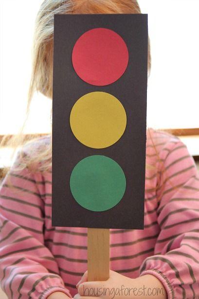 Preschool Transportation Theme ~ How to make a Traffic Light