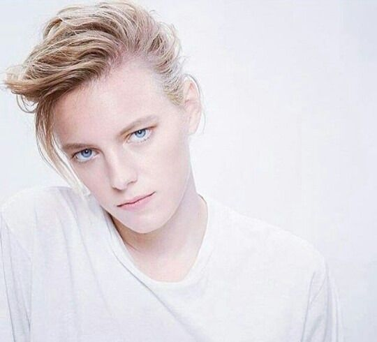 This is a fanpage for model Erika Linder. She was the first woman to appear on the men's board back...