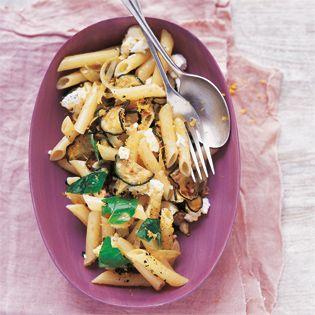 Carbonara mit Zucchini und Ziegenkäse