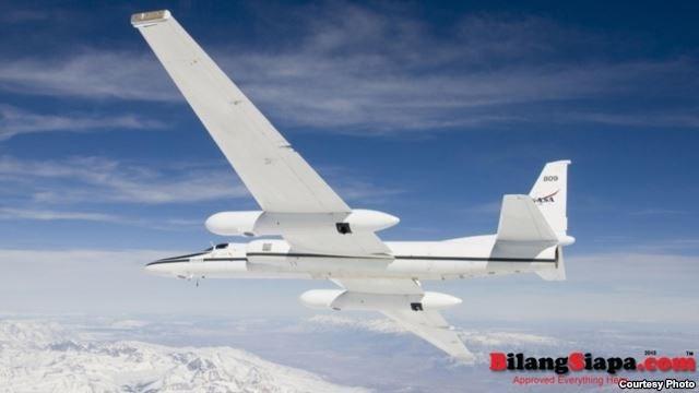 NASA mengoperasikan pesawat Airborne Science ER-2 untuk penggunaan beragam aktivitas sains lingkungan, pengambilan sampel atmosfer dan data satelit. (Foto: NASA)