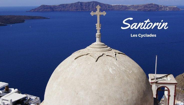 Les Cyclades #2 : découverte de l'île de Santorin. Malgré ses paysages de carte postale, nous avons été déçus par cette île #voyagerenceinte