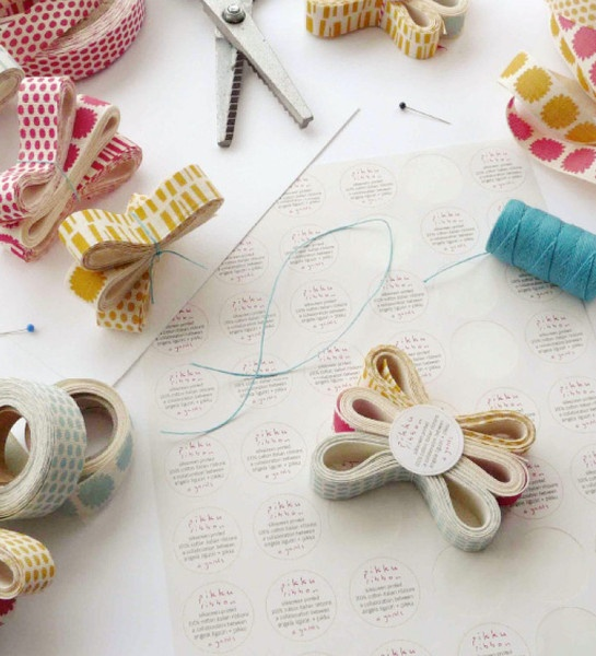 pikku ribbon, studio carta: Cotton Ribbons, Crafts Ideas, Pretty Reels, Bonzai Con, Liguori Ribbons, Studios Cartas, Pikku Ribbons, With Mostacilla, Beautiful Things