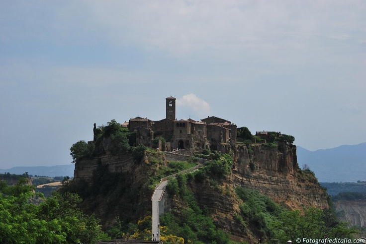 Photos from Italy | Immagini Italia - Landscape from Civita di Bagnoregio - Lazio