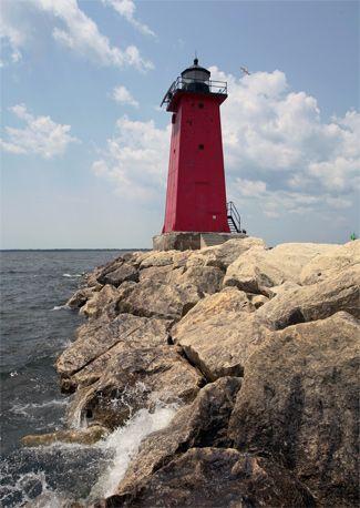 Manistique East Breakwater Lighthouse, Michigan | Lake Michigan