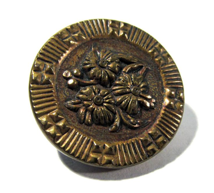 Victorian Picture Button VINTAGE Two Piece Button One (1) Brass Top Button Flowers Vintage Sewing Jewelry Wedding Supplies (M6) by punksrus on Etsy