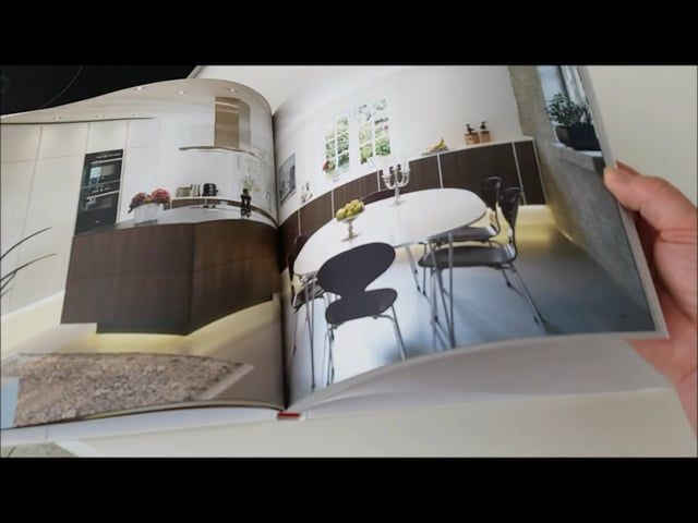 "Vores designbog ""Authentic Homes"" er fyldt med vores køkkendesign i forskellige stilarter. Alle billedere er fra private hjem.  Our Designbook ""Authentic Homes"" is full of kitchendesigns and styles. All pictures are from real family homes."