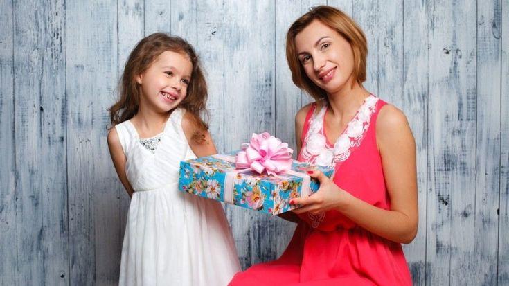 Что подарить маме или бабушке - Блог о праздниках